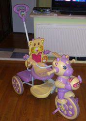 Срочно продам детский велосипед,  с музыкальным оформлением.